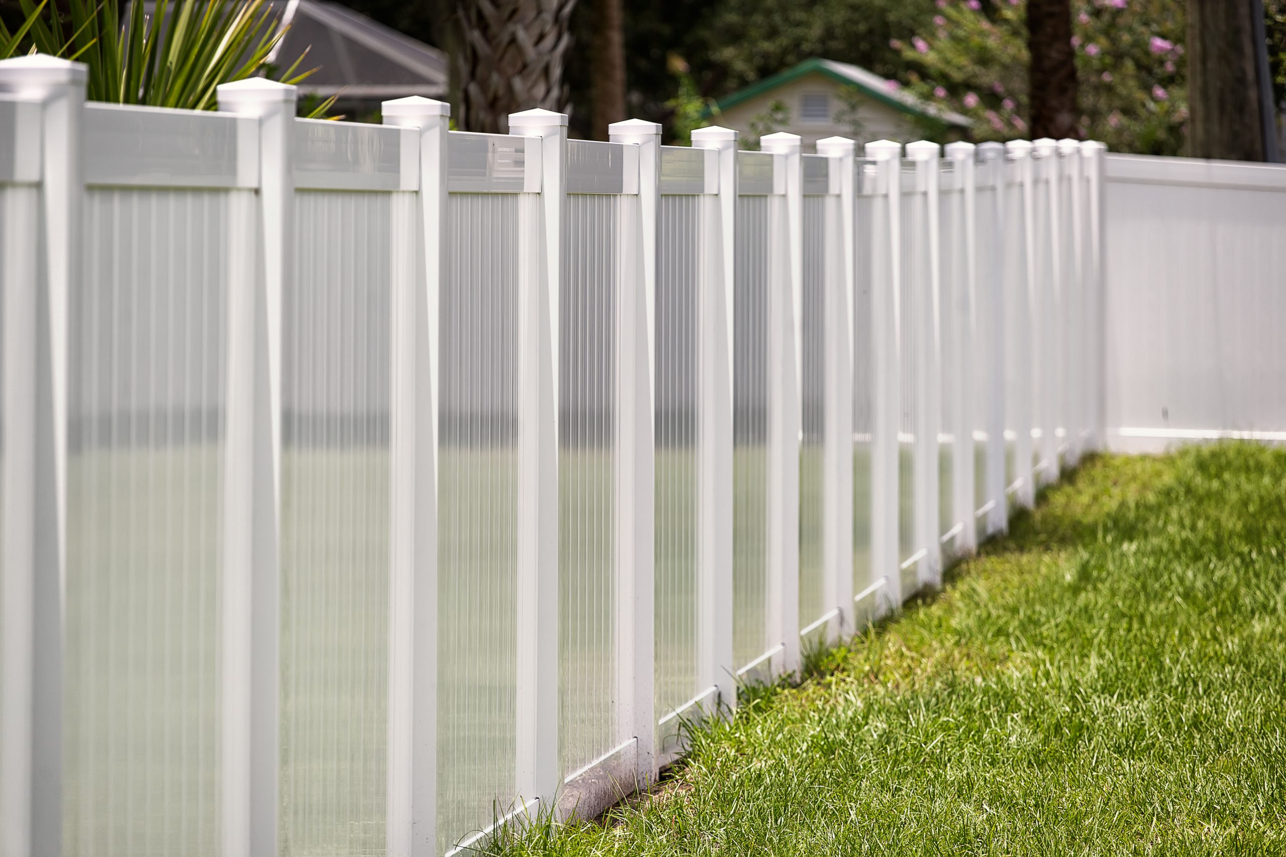 7 Top Benefits of Vinyl Fencing for Your Home